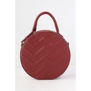 Lulu's HILLCREST BURGUNDY QUILTED CIRCLE PURSE